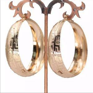 Brand new gold plated nice hoop vintage earrings